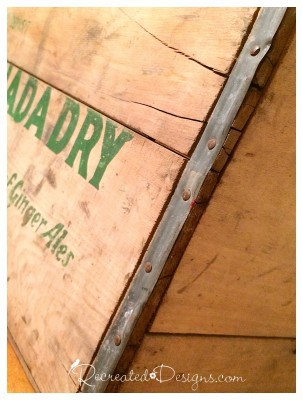 canada_dry_lettering_crate