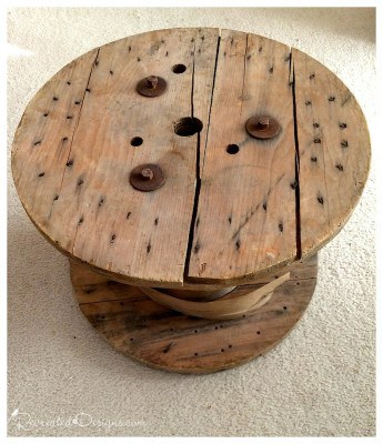 old-wooden-spool