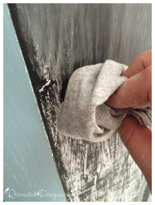 seasoning chalkboard paint with chalk before writing on it
