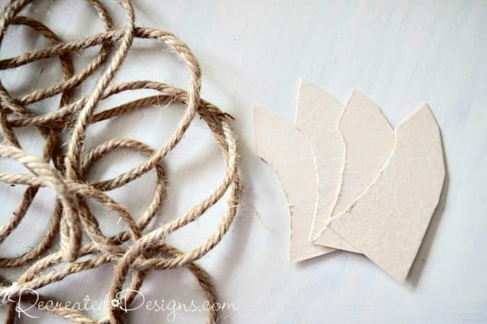 making a pumpkin stem with cardboard and jute rote