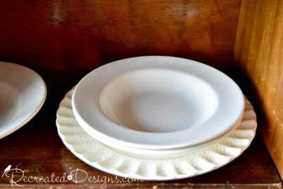 English and French white dishes found