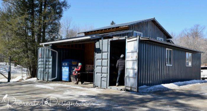dump reuse stoer in Perth, Ontario